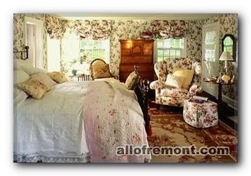 Спальня в стилі Кантрі