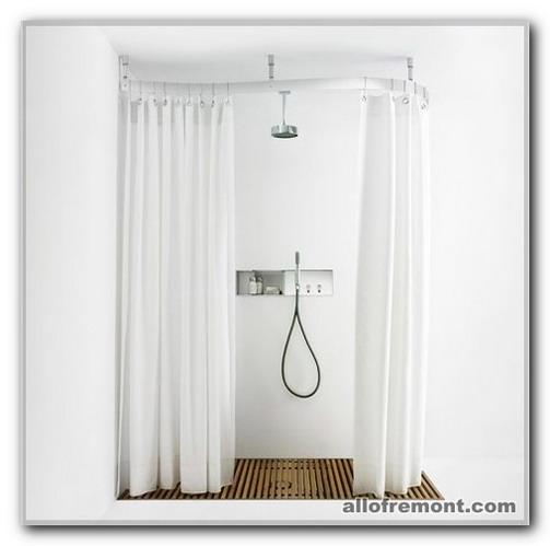 Душова кабіна у ванній