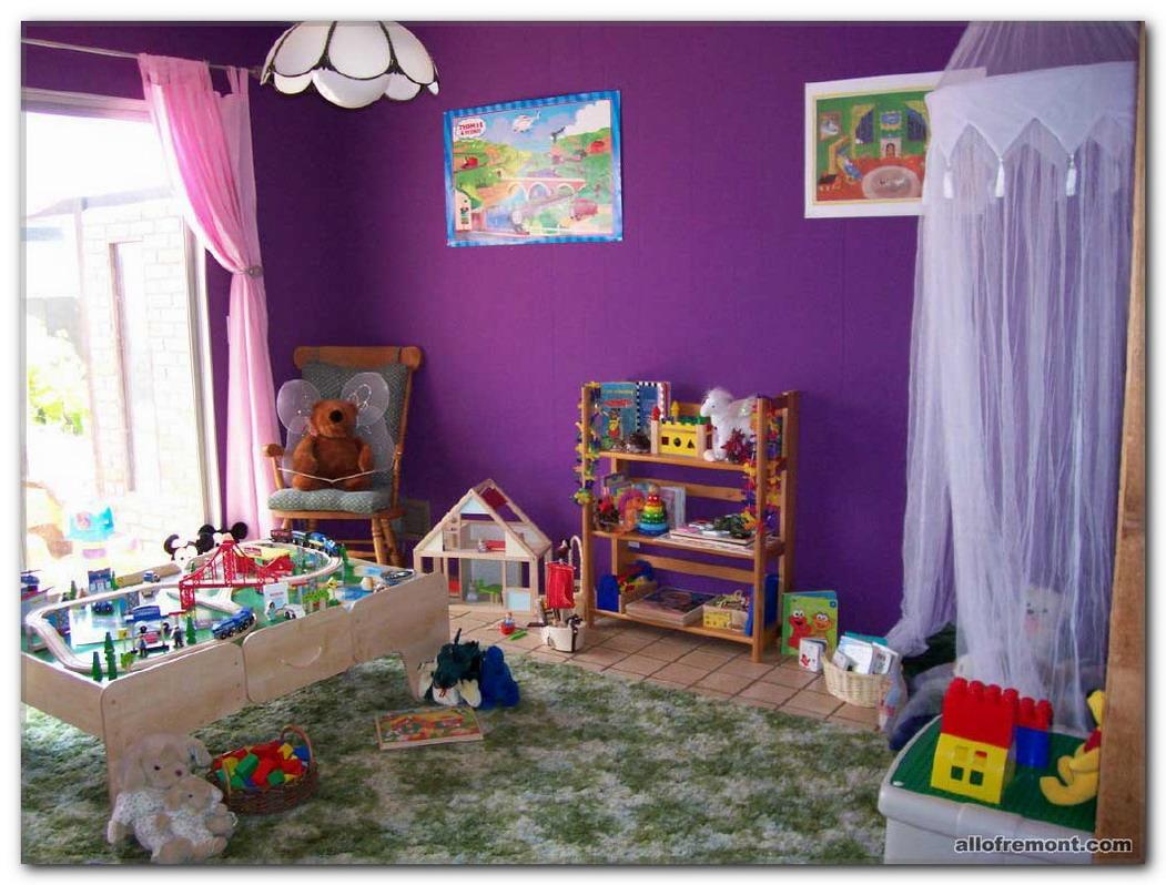 Казка в дитячій кімнаті