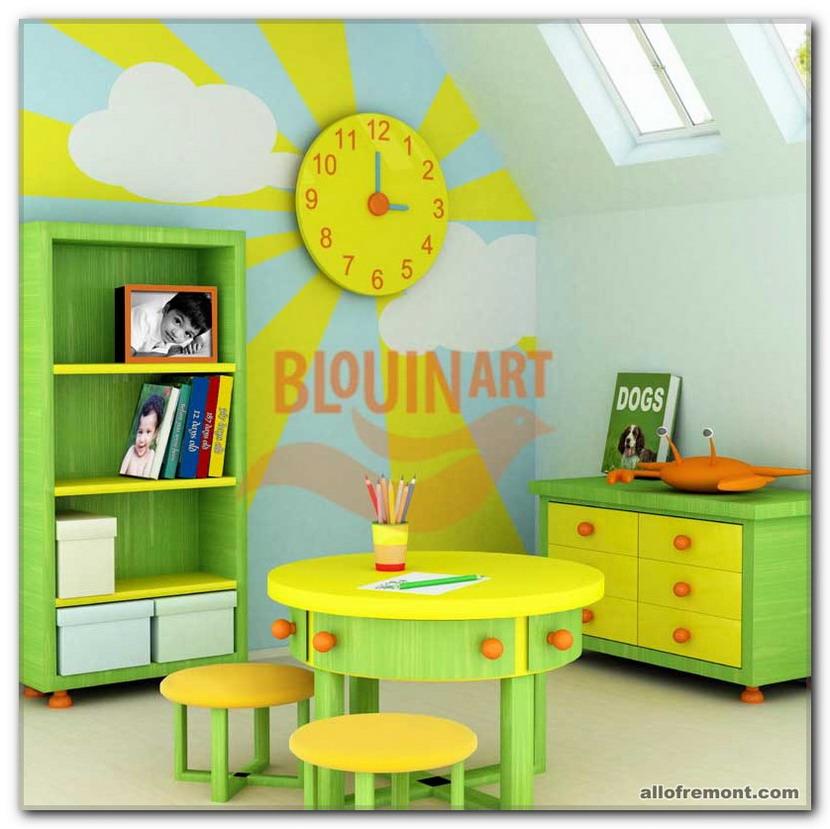 Сонце в дитячій кімнаті