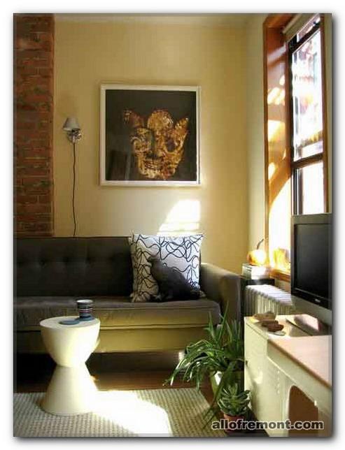 Картини в вітальню