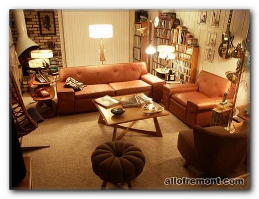 Бібліотека у вітальні