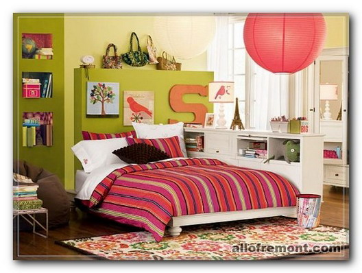Дизайн кімнати для дівчинки підлітка