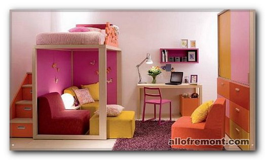 Дитяча кімната для дівчаток