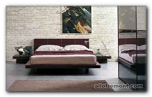 Розташування ліжка у спальні